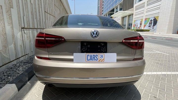 Volkswagen Passat-BACK / REAR VIEW