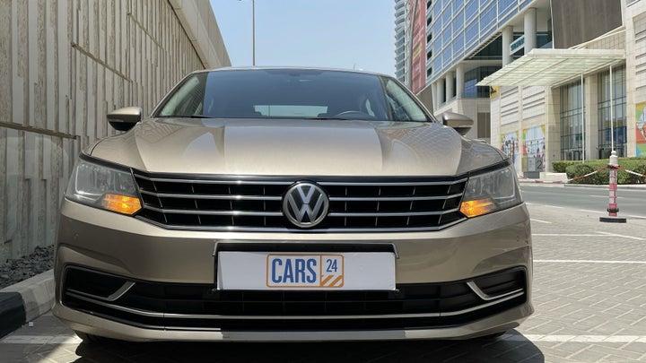 Volkswagen Passat-FRONT VIEW