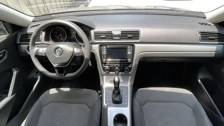 Volkswagen Passat-DASHBOARD VIEW