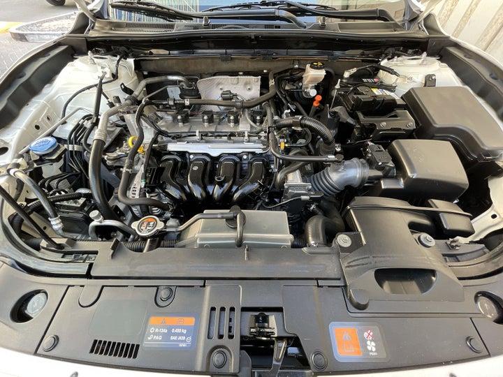 Mazda 3-OPEN BONNET (ENGINE) VIEW
