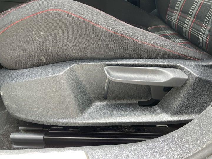 Volkswagen Golf-DRIVER SIDE ADJUSTMENT PANEL