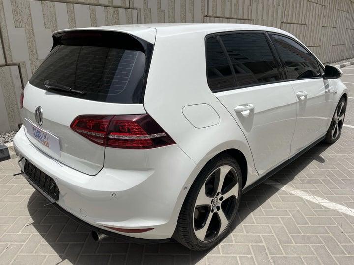 Volkswagen Golf-RIGHT BACK DIAGONAL (45-DEGREE VIEW)