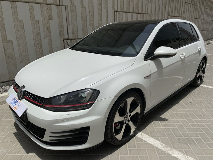 Volkswagen Golf-LEFT FRONT DIAGONAL (45-DEGREE) VIEW