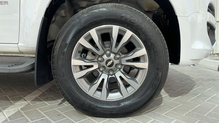 Chevrolet Trailblazer-RIGHT FRONT WHEEL