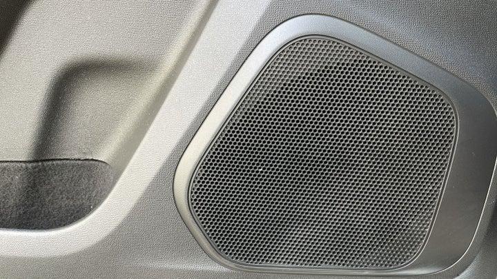 Chevrolet Trailblazer-SPEAKERS