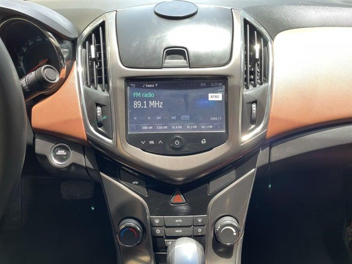 Chevrolet Cruze-CENTER CONSOLE