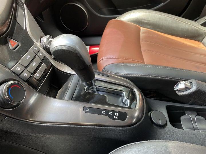 Chevrolet Cruze-GEAR LEVER