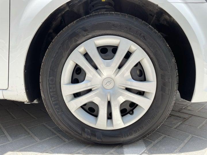 Chevrolet Aveo-RIGHT FRONT WHEEL