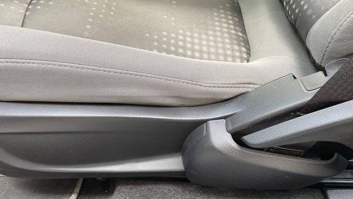Chevrolet Aveo-DRIVER SIDE ADJUSTMENT PANEL