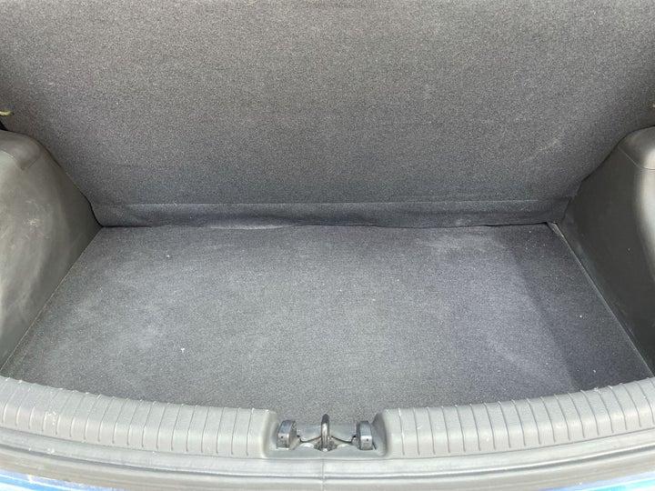 Hyundai Grand i10-BOOT INSIDE VIEW