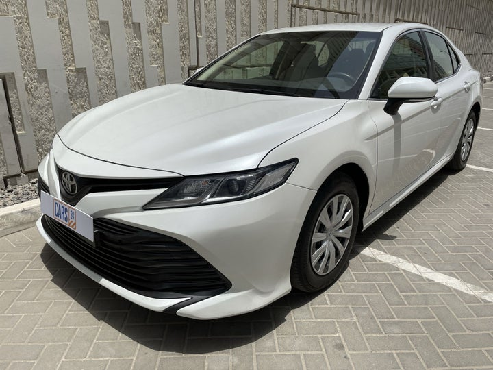 Toyota Camry-LEFT FRONT DIAGONAL (45-DEGREE) VIEW