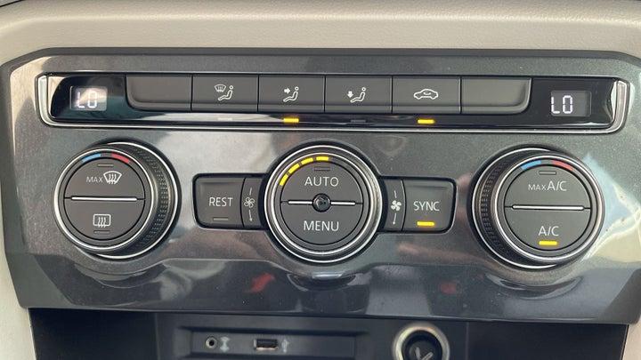 Volkswagen Tiguan-AUTOMATIC CLIMATE CONTROL