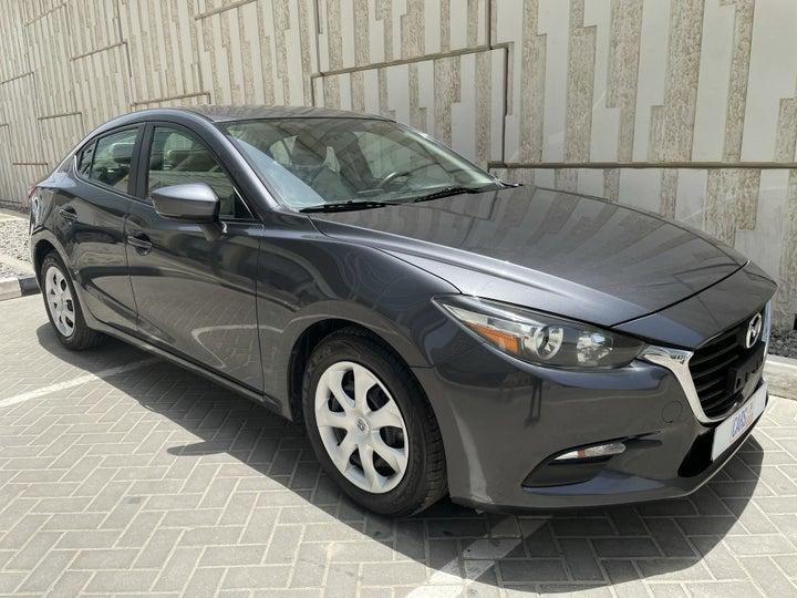 Mazda 3-RIGHT FRONT DIAGONAL (45-DEGREE) VIEW