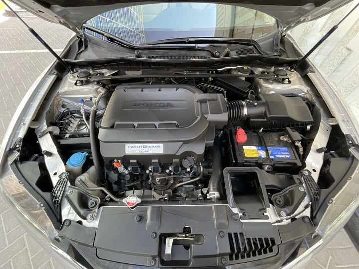 Honda Accord-OPEN BONNET (ENGINE) VIEW