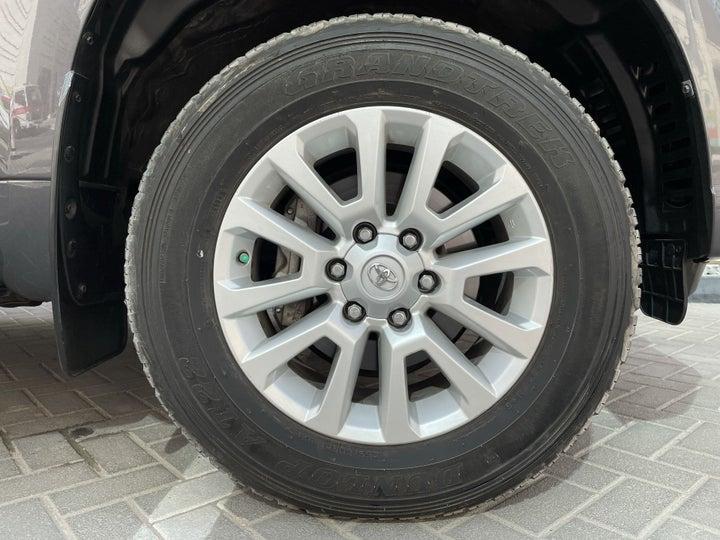 Toyota Land Cruiser Prado-RIGHT FRONT WHEEL