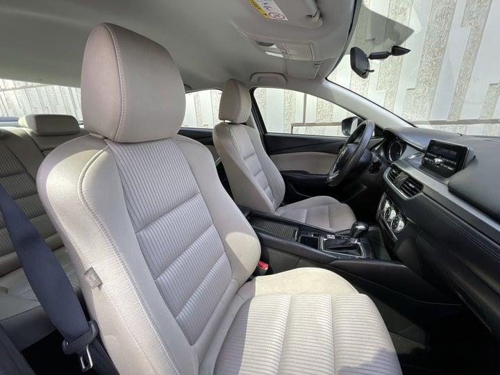 Mazda 6-RIGHT SIDE FRONT DOOR CABIN VIEW