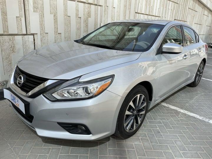 Nissan Altima-LEFT FRONT DIAGONAL (45-DEGREE) VIEW