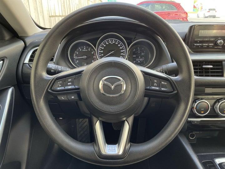Mazda 6-STEERING WHEEL CLOSE-UP