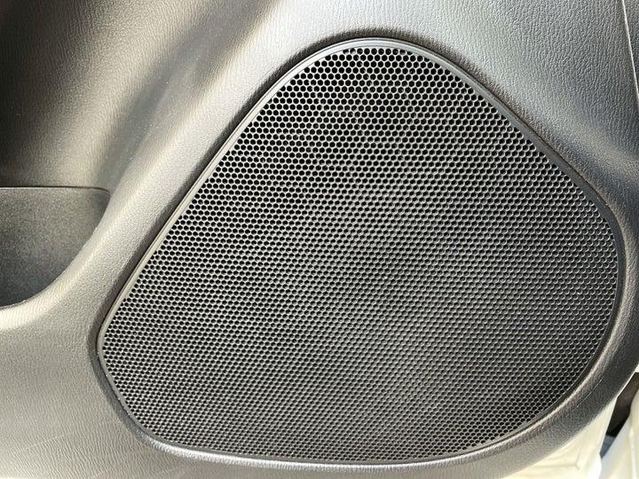 Mazda 6-SPEAKERS