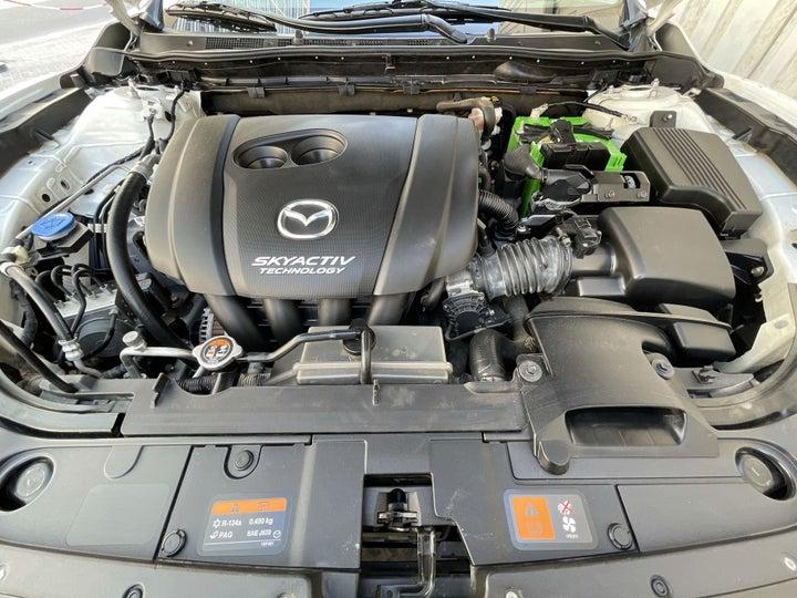 Mazda 6-OPEN BONNET (ENGINE) VIEW