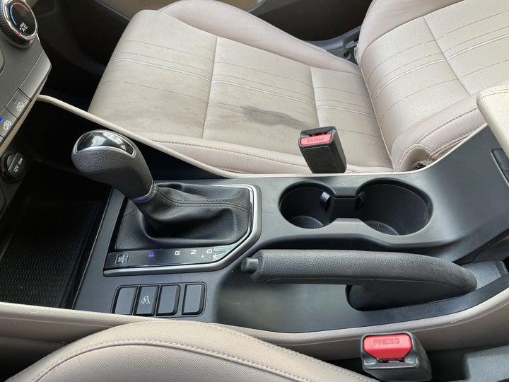 Hyundai Tucson-GEAR LEVER