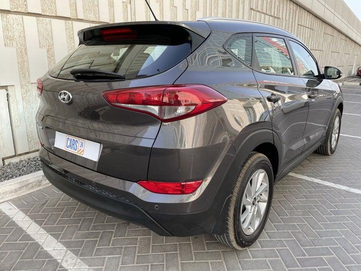 Hyundai Tucson-RIGHT BACK DIAGONAL (45-DEGREE VIEW)