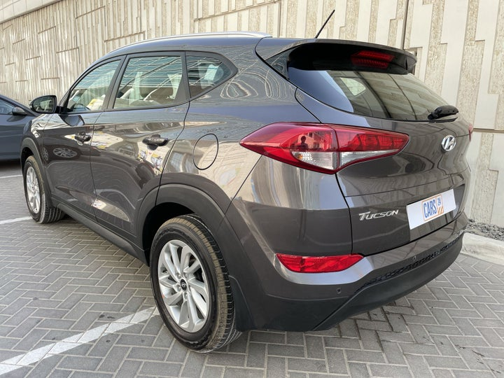 Hyundai Tucson-LEFT BACK DIAGONAL (45-DEGREE) VIEW