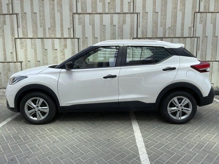 Nissan Kicks-LEFT SIDE VIEW