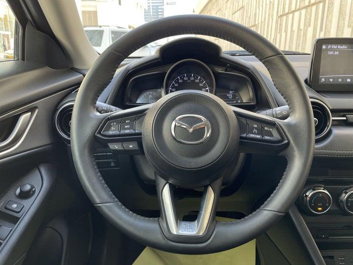 Mazda CX 3-STEERING WHEEL CLOSE-UP