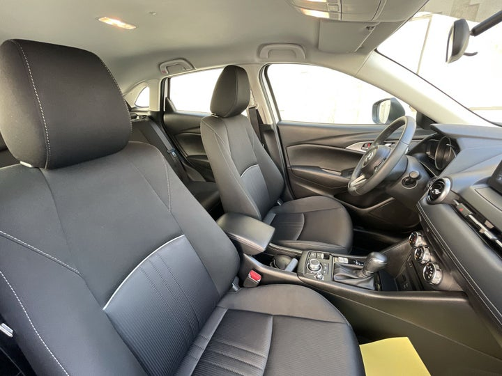 Mazda CX 3-RIGHT SIDE FRONT DOOR CABIN VIEW