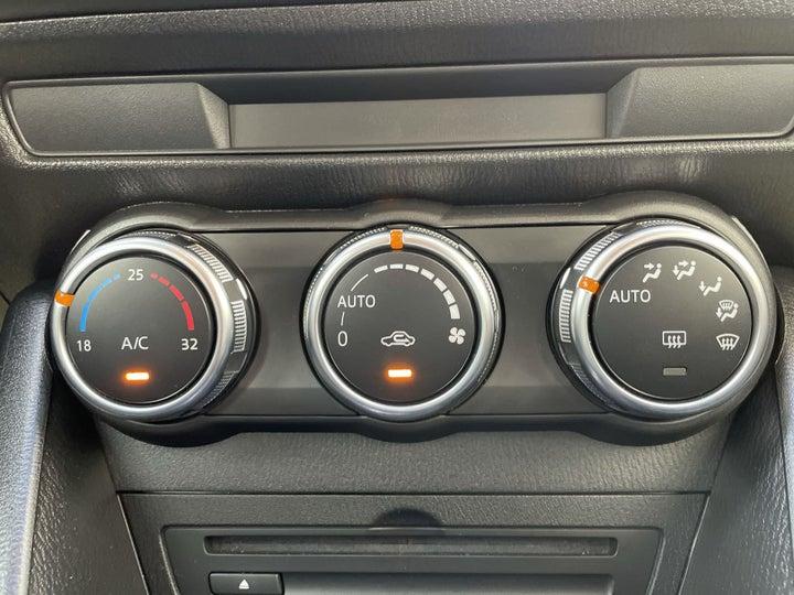 Mazda CX 3-AUTOMATIC CLIMATE CONTROL