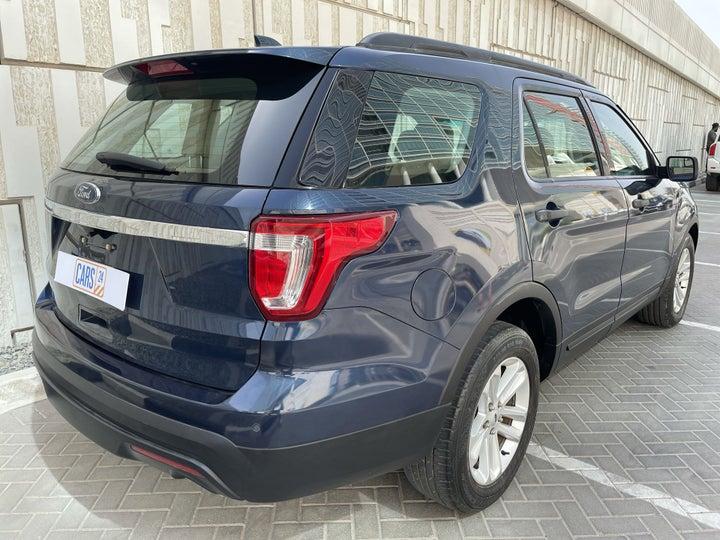 Ford Explorer-RIGHT BACK DIAGONAL (45-DEGREE VIEW)