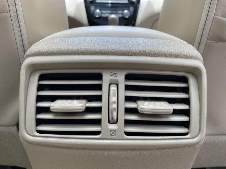 Nissan X-Trail-REAR AC VENT