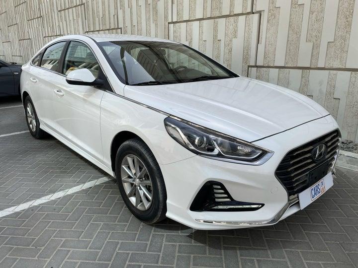 Hyundai Sonata-RIGHT FRONT DIAGONAL (45-DEGREE) VIEW