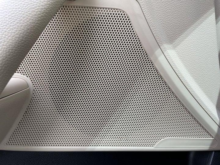 Hyundai Sonata-SPEAKERS