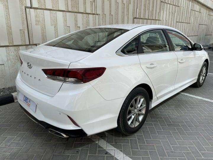 Hyundai Sonata-RIGHT BACK DIAGONAL (45-DEGREE VIEW)