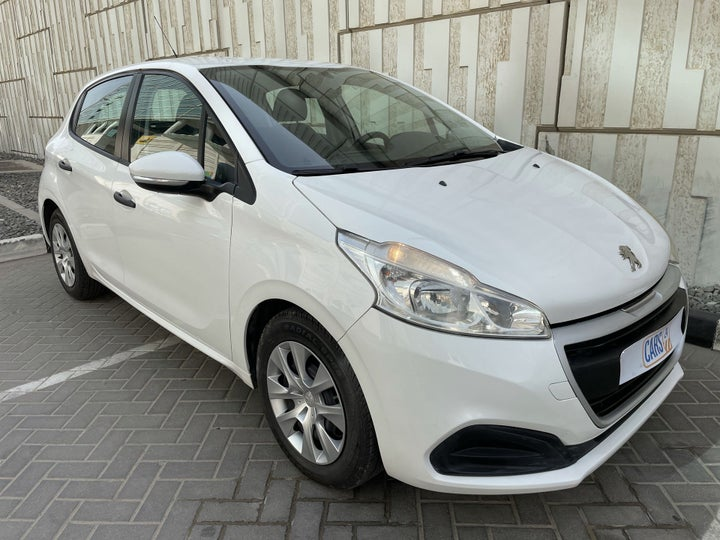 Peugeot 208-RIGHT FRONT DIAGONAL (45-DEGREE) VIEW