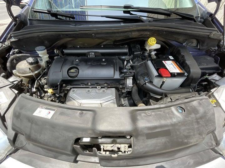 Peugeot 208-OPEN BONNET (ENGINE) VIEW