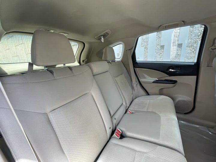 Honda CR-V-RIGHT SIDE REAR DOOR CABIN VIEW