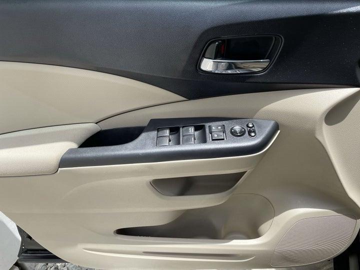 Honda CR-V-DRIVER SIDE DOOR PANEL CONTROLS