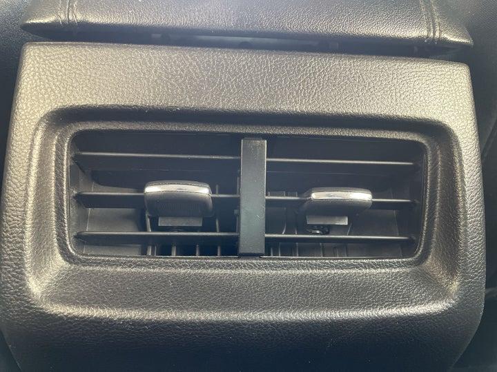 Ford Edge-REAR AC VENT