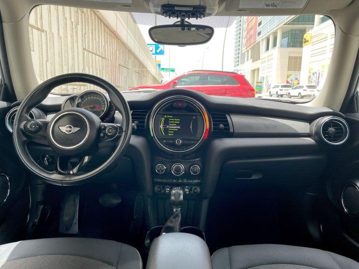 Mini Cooper-DASHBOARD VIEW