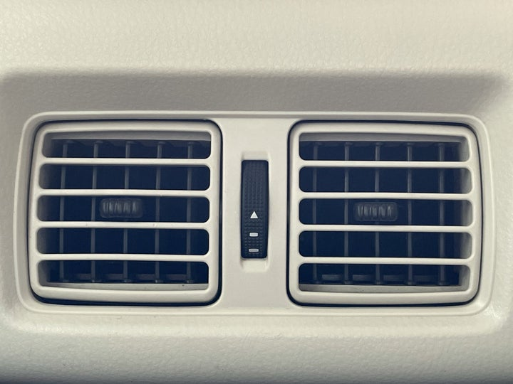 Toyota Camry-REAR AC VENT