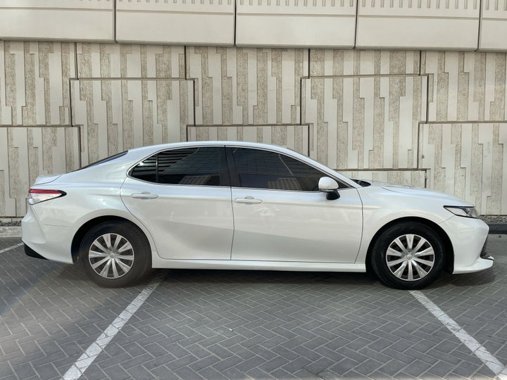 Toyota Camry-RIGHT SIDE VIEW