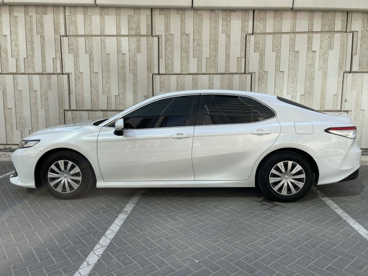Toyota Camry-LEFT SIDE VIEW