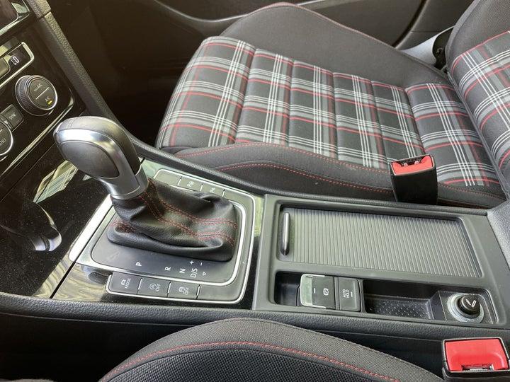 Volkswagen Golf GTI-GEAR LEVER