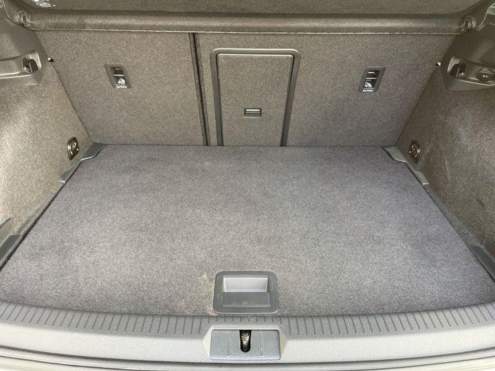 Volkswagen Golf GTI-BOOT INSIDE VIEW