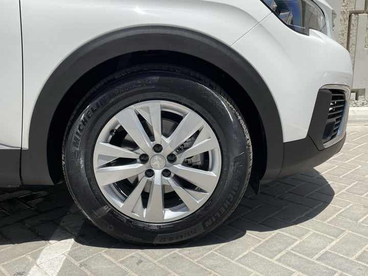 Peugeot 5008-RIGHT FRONT WHEEL