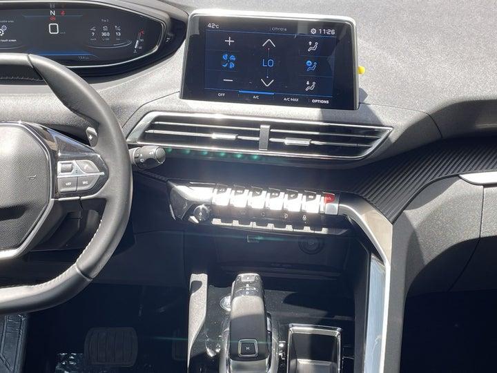 Peugeot 5008-CENTER CONSOLE