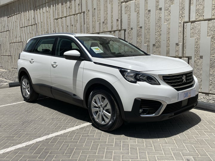 Peugeot 5008-RIGHT FRONT DIAGONAL (45-DEGREE) VIEW